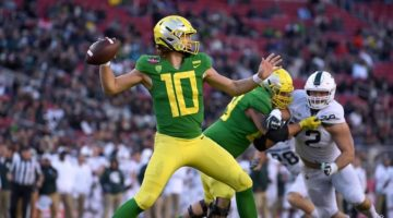 Oregon Ducks v Auburn Tigers